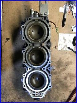 2003 Yamaha Outboard 250hp hpdi Z250TXRB Portside cylinder head 60V-11111-00-1S