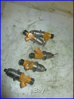 2005 Yamaha HPDI 300hp outboard Fuel injector set of 5 60V-13761-00